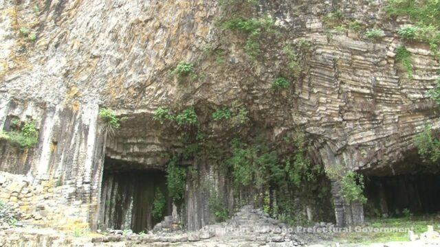 玄武洞公園(玄武洞)