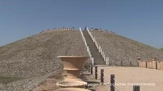 五色塚古墳と明石海峡